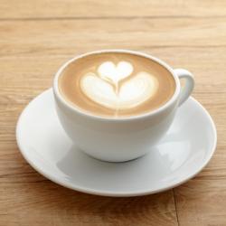 Утренняя чашка кофе избавит от боли в шее