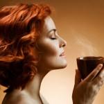 Женщинам при стрессе нужно пить кофе!