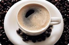Пара чашек кофе в день продлевают жизнь на 10%