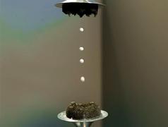 В разработке технологии акустической левитации ученые используют и кофе