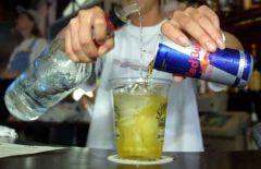 Кофеин превратит алкоголь в яд