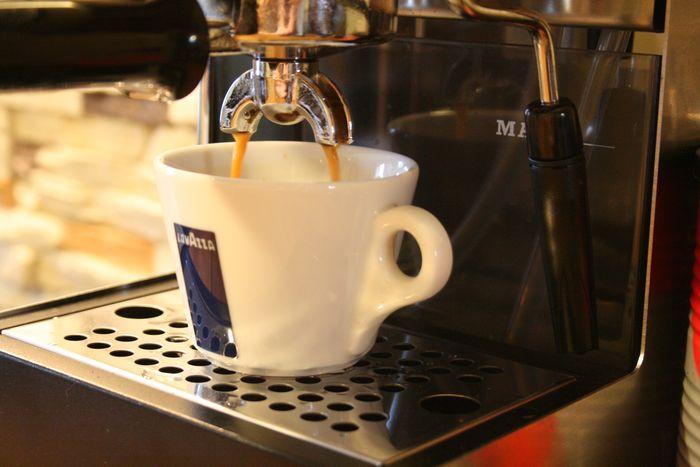 Кофеварка для домашнего использования. Какая она?