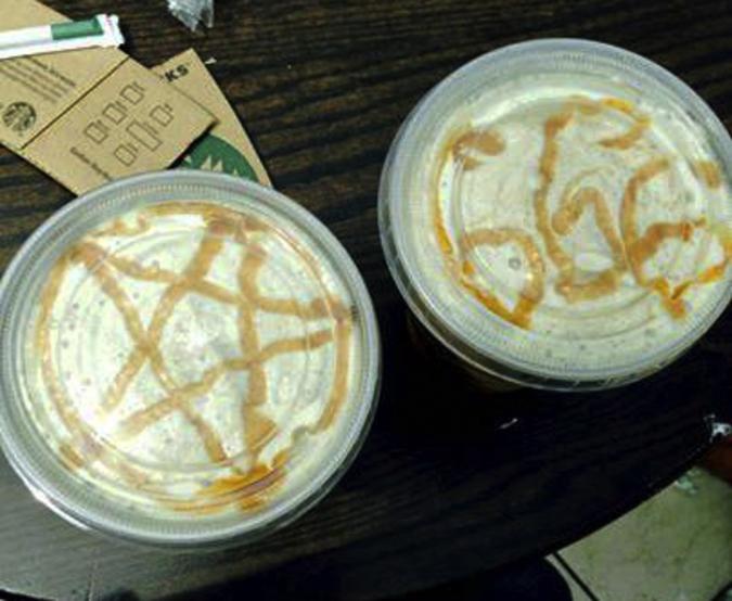 Компания Starbucks извинилась за сатанинские символы на кофе