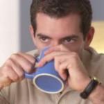 Кофе – «абсолютная панацея»: компонентом напитка лечат облысение