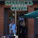В США обжегшийся кофе полицейский потребовал от Starbucks 50 тысяч долларов