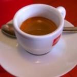 Медики опубликовали официальные данные о безопасной дозе кофеина