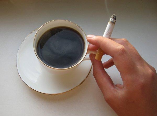 Сигареты и кофе несовместимы