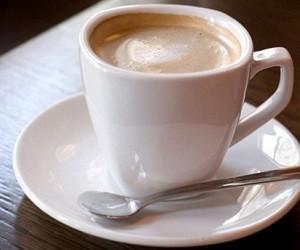 В отпуске следует избегать кофе и энергетических напитков