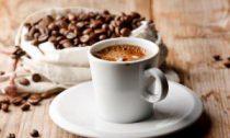 С чем полезнее пить кофе, нам рассказали исследователи