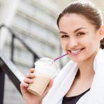 Употребление кофе перед тренировкой позволяет сжигать больше калорий