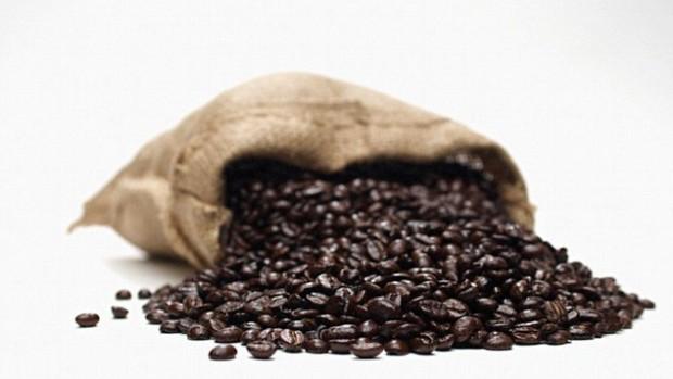 Употребление 6 чашек кофе в день снижает риск развития болезни печени