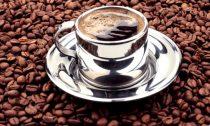 Кофе с кофеином улучшает состояние кровеносных сосудов