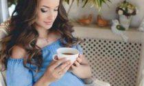Медики запретили беременным пить кофе