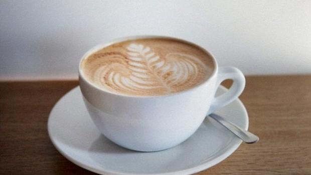 Кофе уменьшает повреждения печени, вызванные употреблением жирной пищи и алкоголя