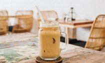 Есть вопрос: правда ли холодный кофе полезнее, чем горячий