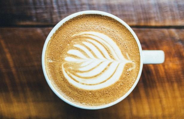 Шесть чашек кофе в день помогут отсрочить смерть