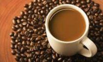 Почему нельзя пить кофе после плотного обеда?