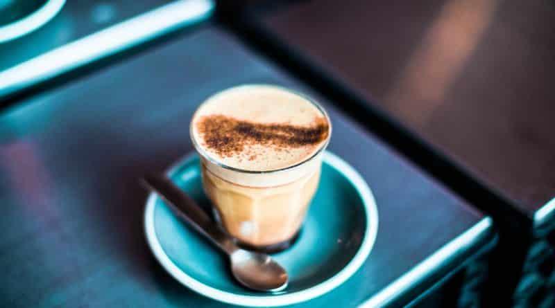 Алкоголь и кофе помогут дожить до 90 лет