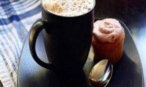 Ученые: чашка кофе в день продлевает жизнь на 9 минут