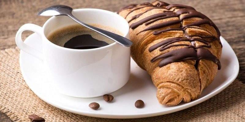Названы продукты, которые лучше не употреблять с кофе