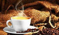 Употребление трех чашек кофе снизит риск преждевременной смерти на 13%