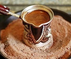 Ученые рассказали, когда кофе наиболее полезен