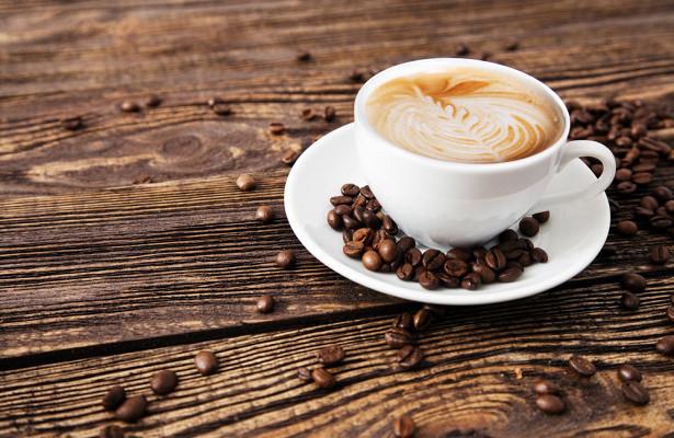 Врач объяснила, почему опасно пить кофе по утрам