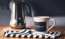 Почему вредно пить кофе по утрам? Только факты