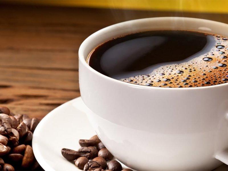 Употребление кофеина полезно при жирной диете