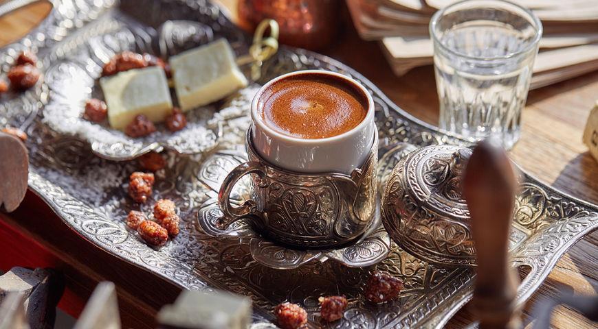 Кофе в джезве с халвой