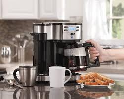 Что выбрать: кофеварку или кофемашину?