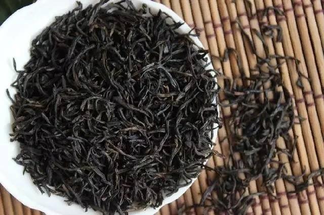 Загадка сладости и блеска красных чаев нового времени