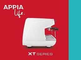 Кофемашина Appia Life с расширенными функциями идеально подходит для сетей кофеен со средней производительностью.