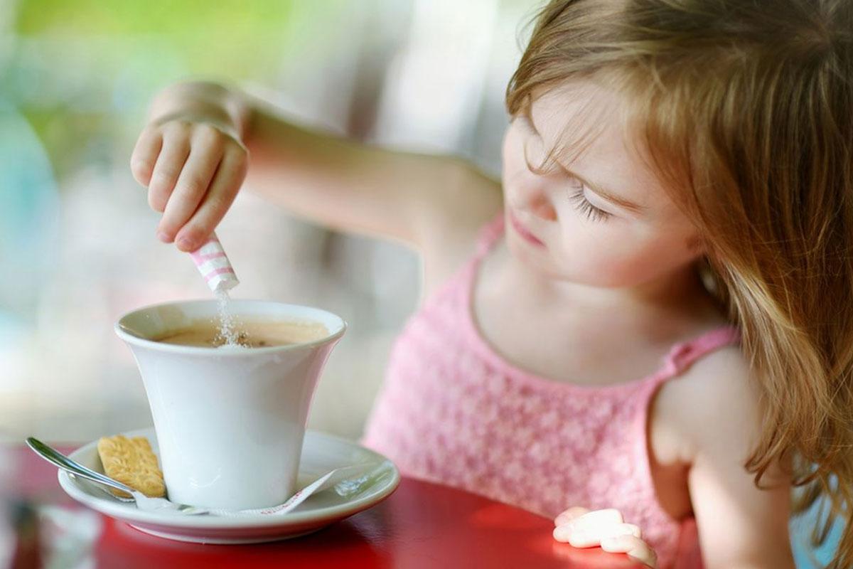 Правильный возраст для пьющих кофе