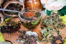 Заваривание травяных чаев
