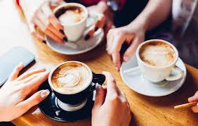 Ученые объяснили, как время употребления кофе влияет на здоровье и качество сна