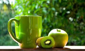 Зелёный чай с киви и яблоком