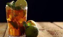 Холодный мятный чай с цитрусами