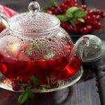 Холодный вишнево-мятный чай