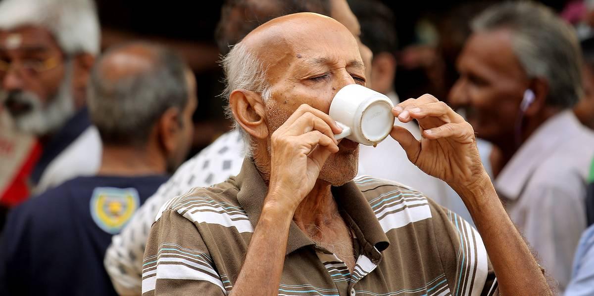 Кофе и сигареты действительно защищают от паркинсонизма
