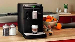 Компактная кофемашина Saeco Minuto приготовит капучино одним нажатием