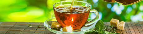 Чем опасен чай с сахаром — диетолог
