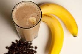 Кофейно-банановый смузи с овсяными хлопьями